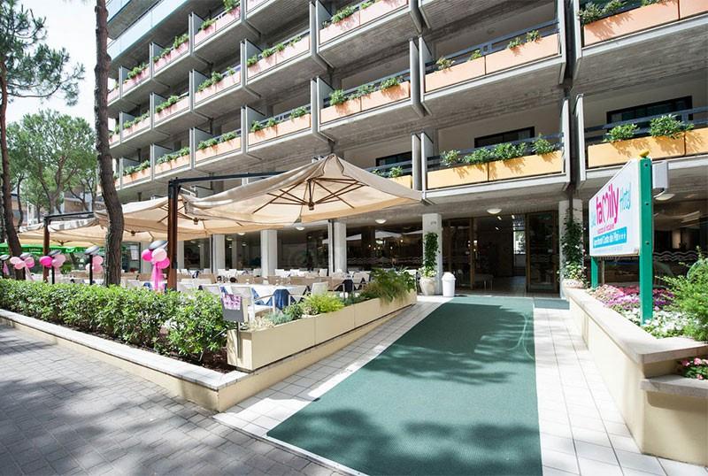 Club Family Aparthotel Costa Dei Pini Pinarella Di Cervia